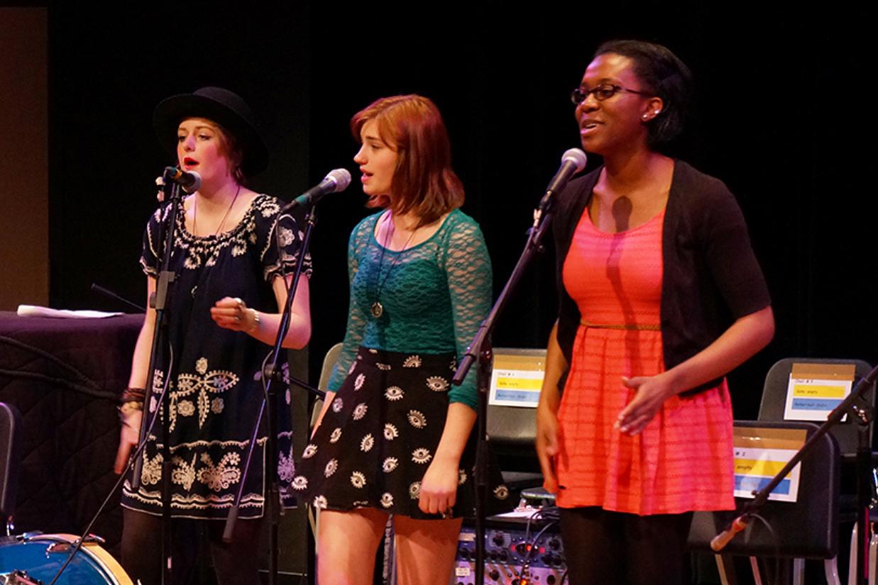 Trio of female singers